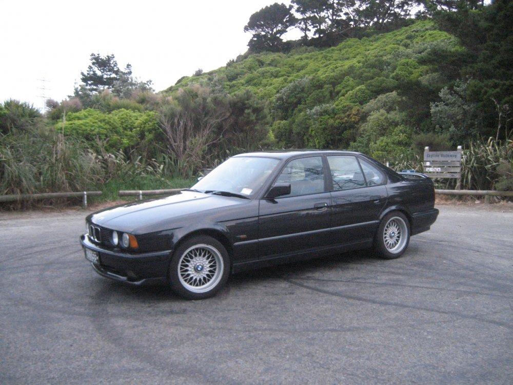 1990_E34_535is_004.JPG