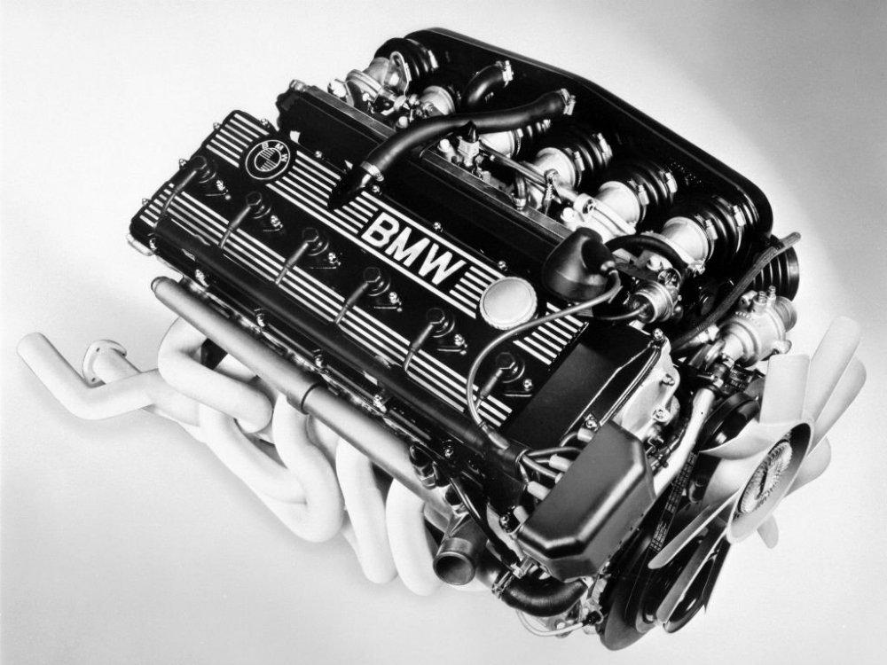 BMW-M88.3-Engine.thumb.jpg.49c290e58644564184e15e459687b632.jpg