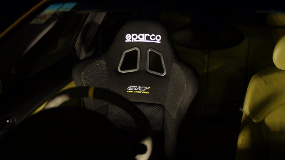 sparco1.jpg