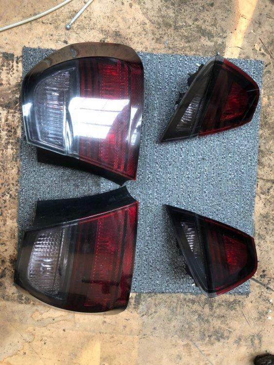 E90 SMOKED TAIL LIGHTS.jpg