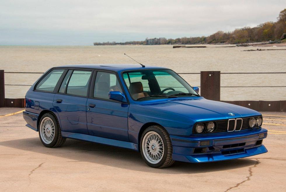 BMW-E30-Touring-Wagon-Project-S50-gear-patrol-slide-1.jpg.f288d1fc52127a069cdfc6c3e711a7ff.jpg