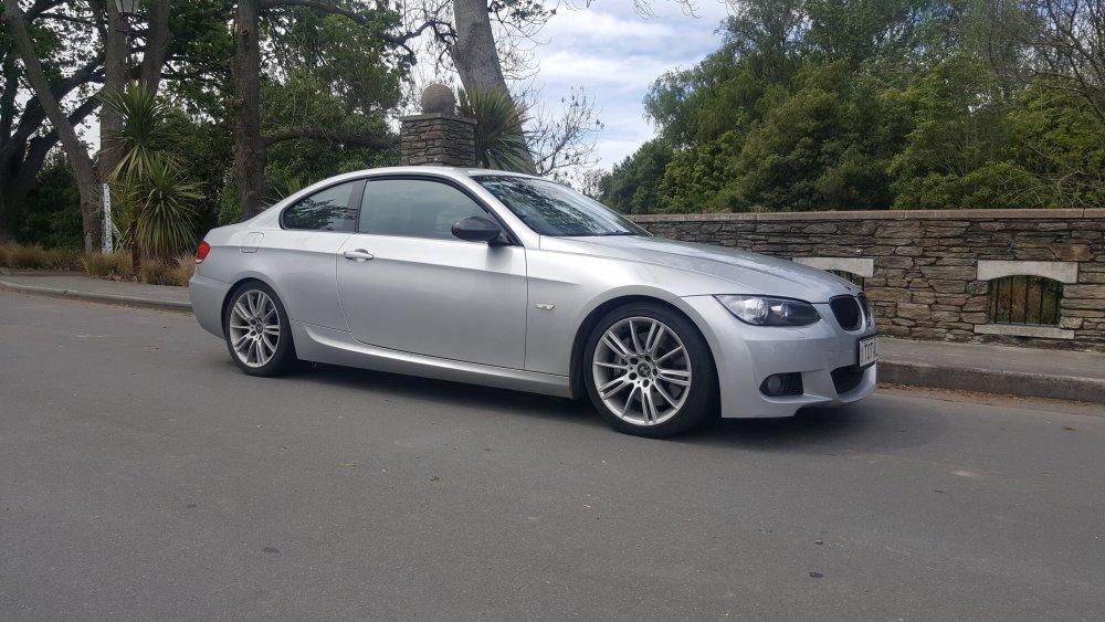 Dads_BMW_335_twin_turbo.jpg
